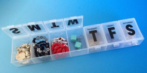 organize your jewelry when traveling