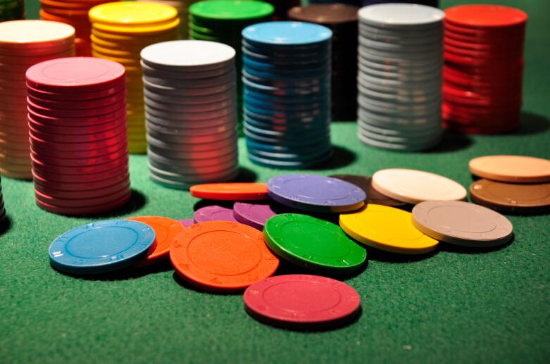 Blank poker chips