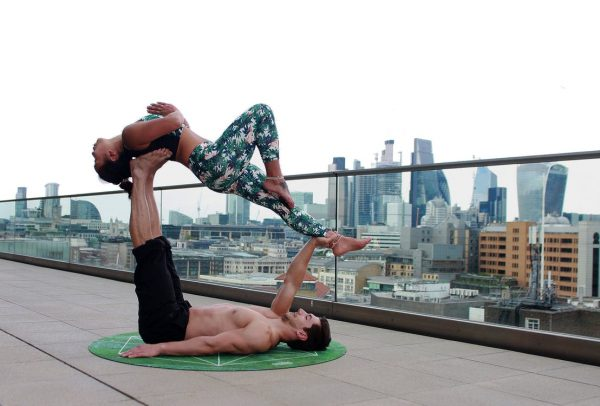 Partner Workouts: How to Get Fit Together - Modern Thrill